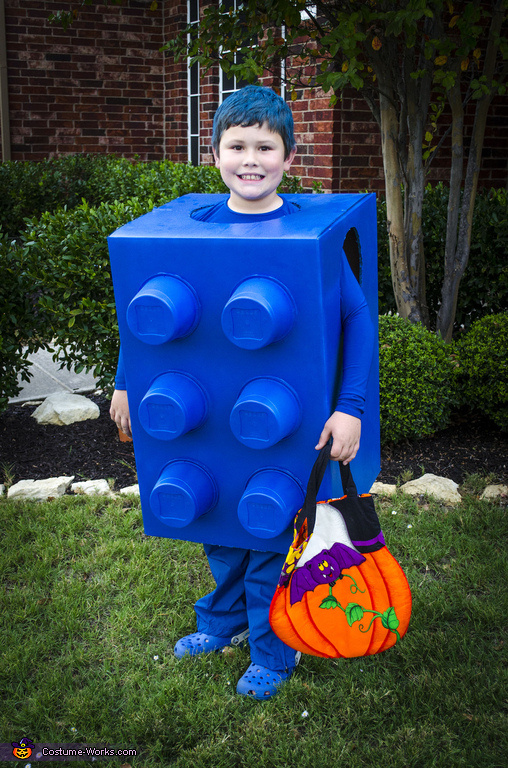 costumes-box12