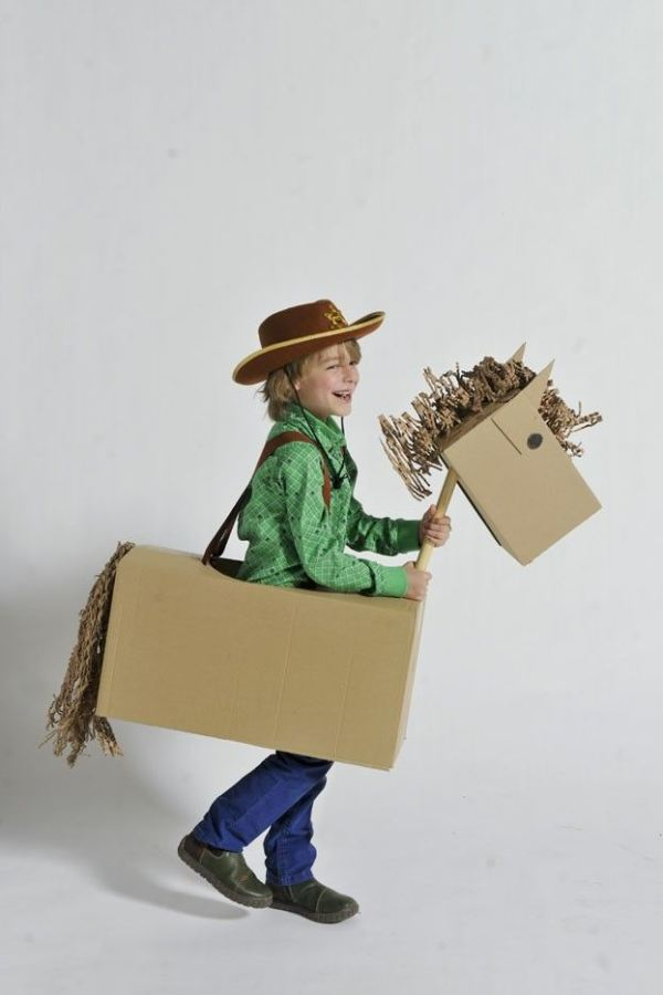 costumes-box16