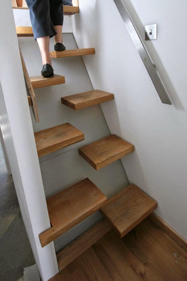 Con estas 22 escaleras geniales no ser fastidioso subir for Escaleras modernas para espacios pequenos