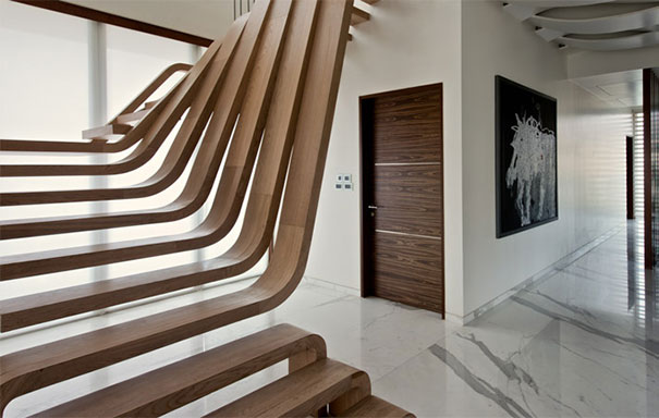 Con estas 22 escaleras geniales no ser fastidioso subir for Decoracion de gradas internas