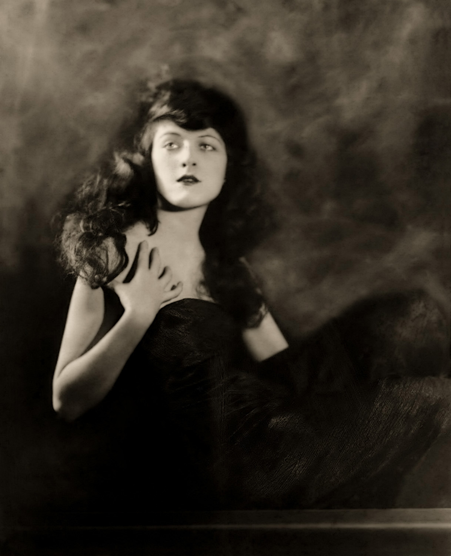 Martha Mansfield - c. 1918 -1919 - by Alfred Cheney Johnston