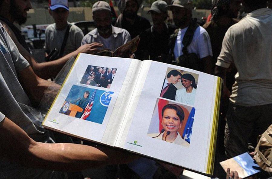 Album-de-fotos-Condolezza-Rice-y-Gaddafi