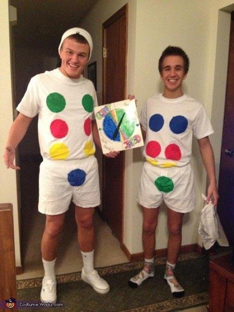 costumes25