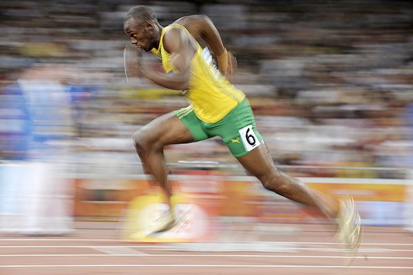 usain-bolt-nearly-as-fast-as-real-time