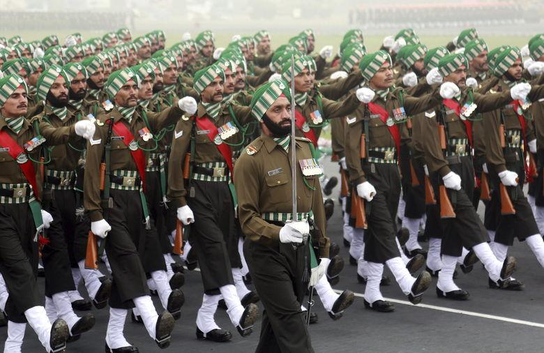 Soldados-Fuerzas-Armadas-Delhi-AFP_NACIMA20140115_0065_3