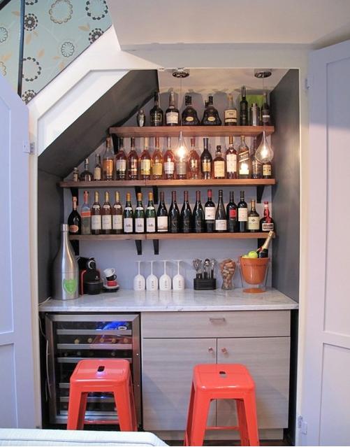 23 formas ingeniosas de transformar un armario que no - Estanterias trastero ikea ...