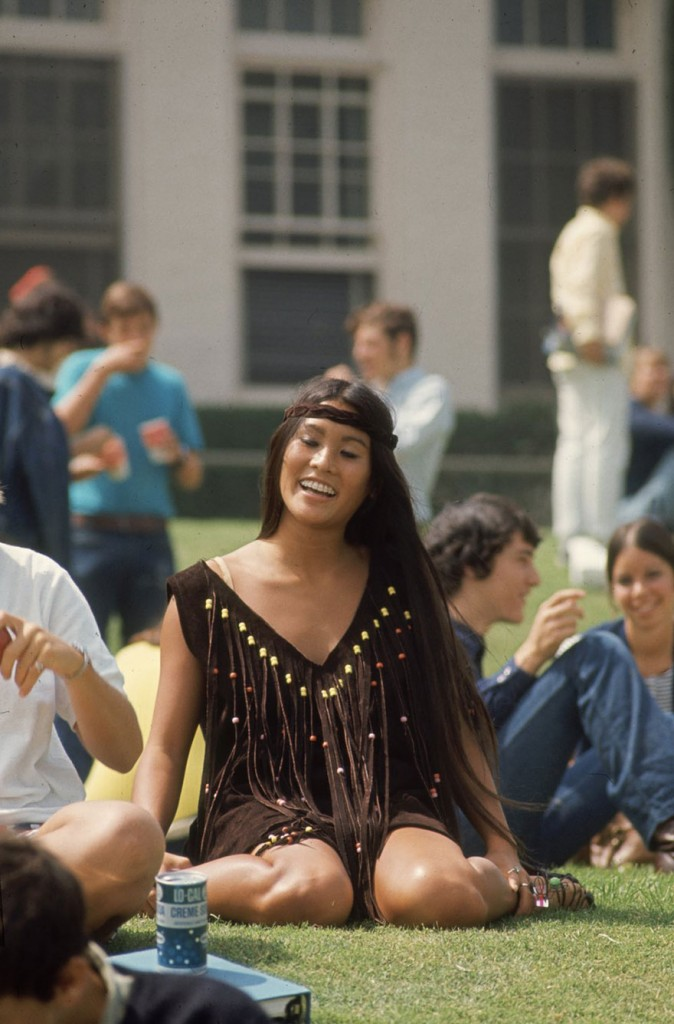 1969-hippie-high-school-fashion-photography-5