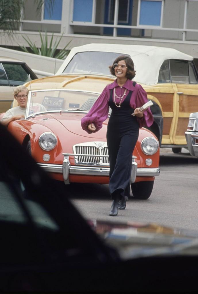 1969-hippie-high-school-fashion-photography-9