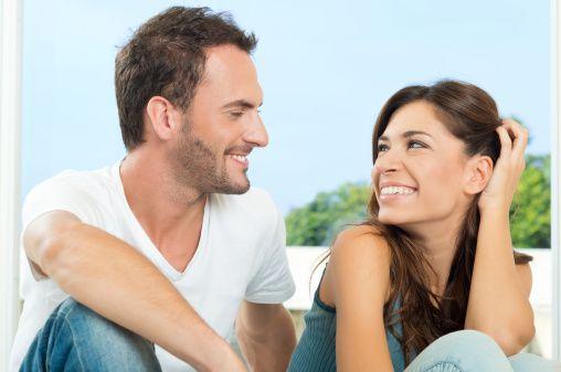 Resultado de imagen para escucha atenta a tu pareja