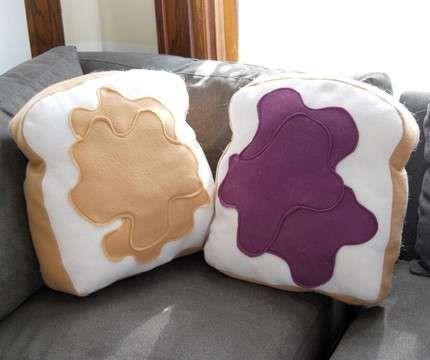 romantic-pillows13