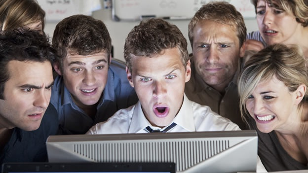 computadora-trabajo-sorpresa