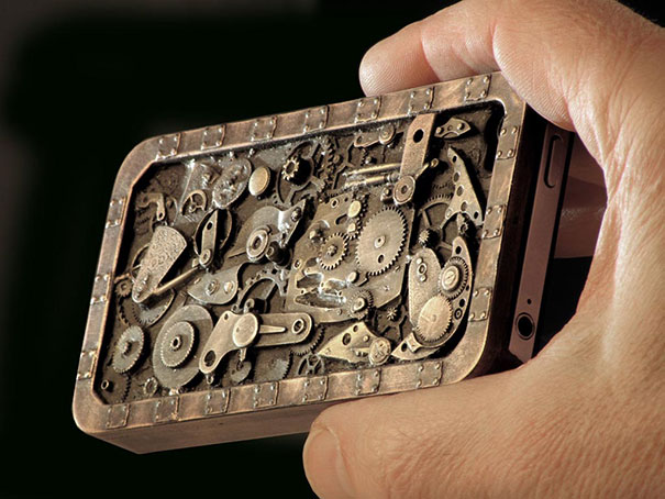 XX-Of-The-Most-Creative-Phone-Cases-Ever14__605