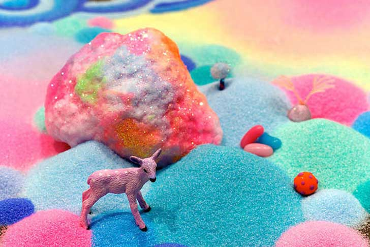 candy-floor-installation-pin-and-pop-tanya-schultz-71