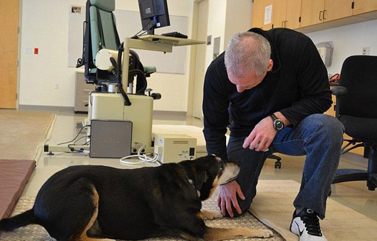 perro-huele-cancer-de-tiroides