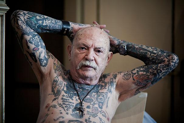 tattooed-elderly-people-15__605