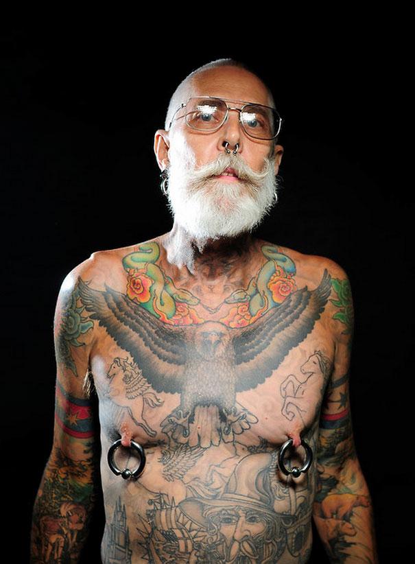 tattooed-elderly-people-3__605
