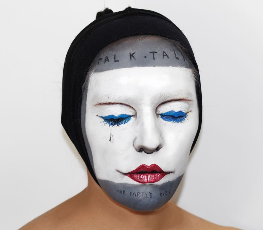 I-painted-my-face-to-celebrate-Record-Store-Day2__880