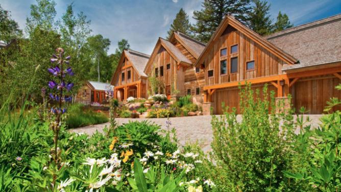 82b5d921-598b-49c9-8621-e82d28518bef_lede-4-wood-clad-house