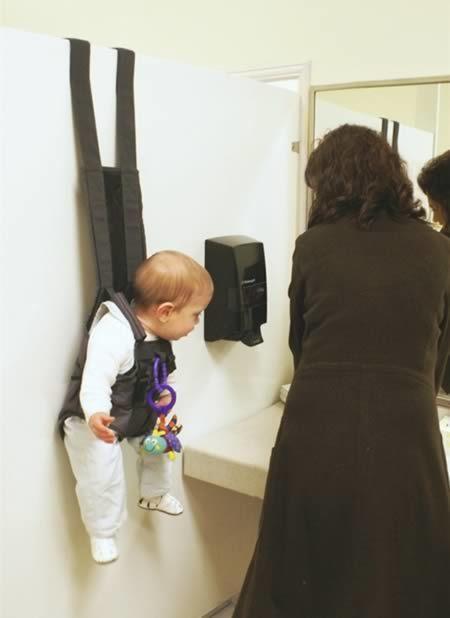 9-articulos-ridiculos-para-bebes-que-podes-encontrar-a-la-venta_3