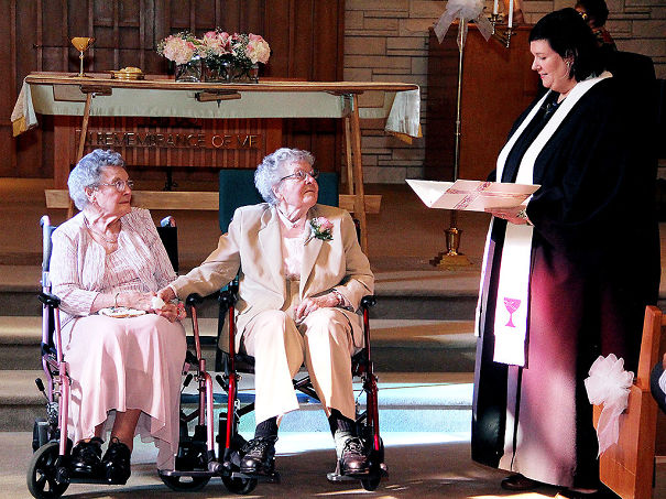XX-Elderly-Couple-Wedding-Photos-Proving-That-You-Are-Never-Too-Late-To-Find-The-One1__605