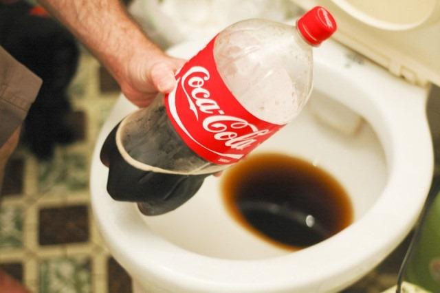 coca-limpia-inodoros