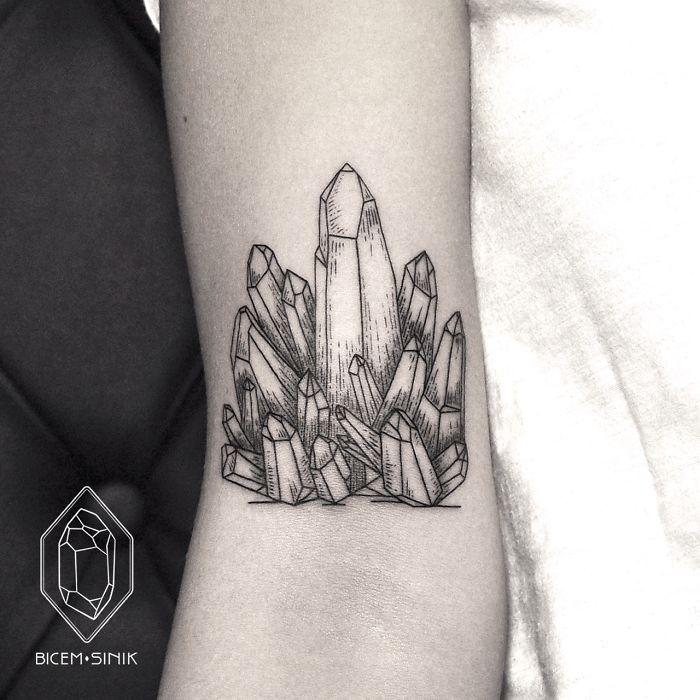 dotwork-line-geometric-tattoo-bicem-sinik-12