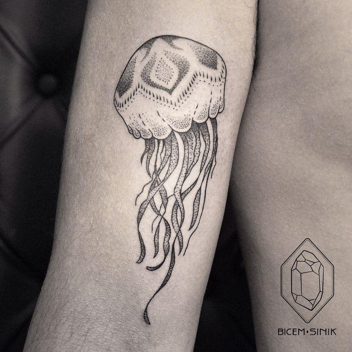 dotwork-line-geometric-tattoo-bicem-sinik-32