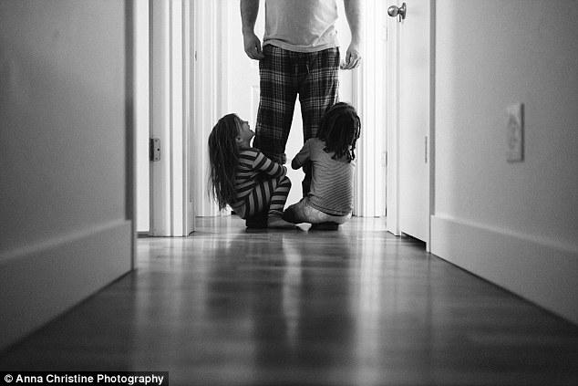 la-hija-biologica-y-su-hermana-adoptiva-16