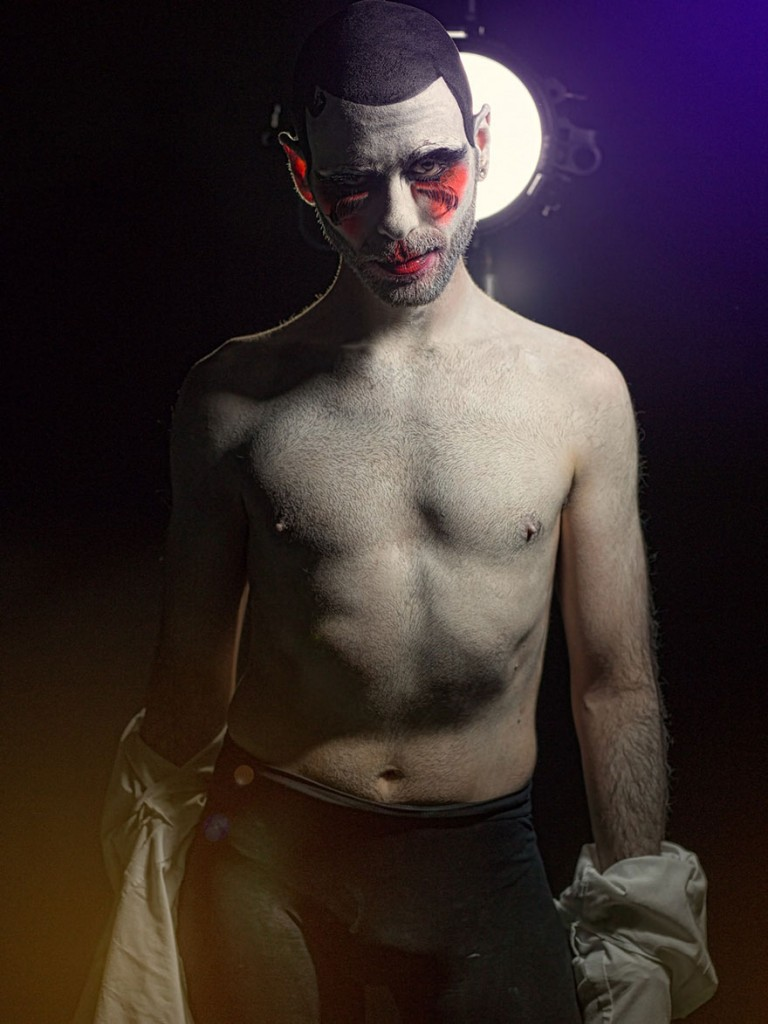 macabre-scary-clown-portraits-photography-clownville-eolo-perfido-99-11