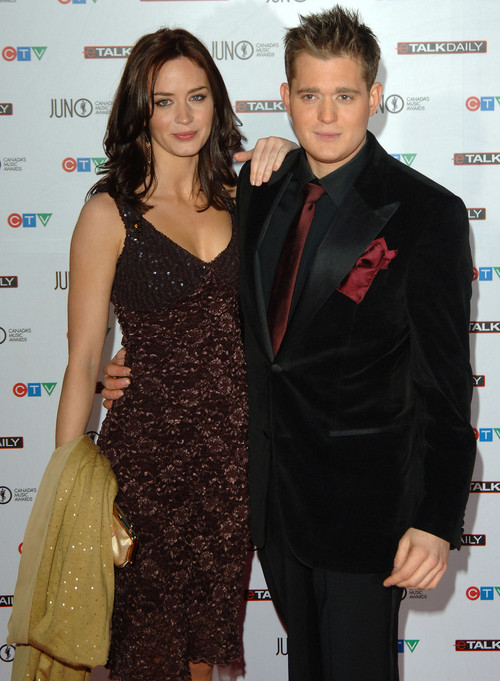 rs_500x681-150520075832-Emily-Blunt-Michael-Buble-2006