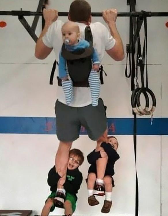 25-papas-que-demuestran-que-convertirse-en-padres-ha-sido-el-mejor-trabajo-del-mundo-191-583x750