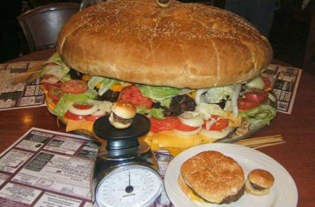 5-concursos-de-comida-que-parecen-una-locura-4