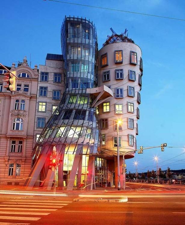 Arquitecturas-raras-16-615x750