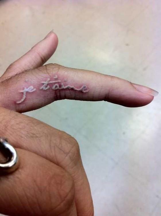 Tatuajes-tinta-blanca-12-561x750