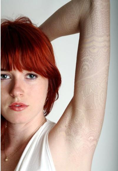 Tatuajes-tinta-blanca-14