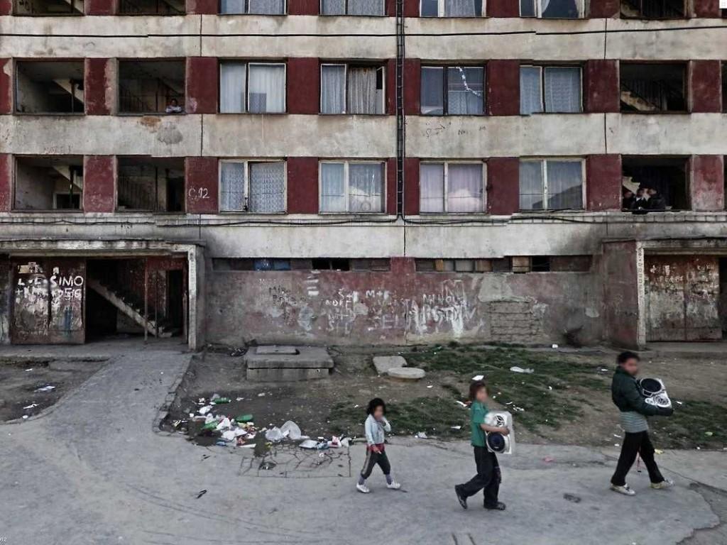 apartment-building-google-street-view