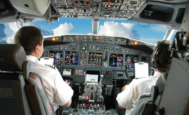 avion_piloto_n-672xXx80