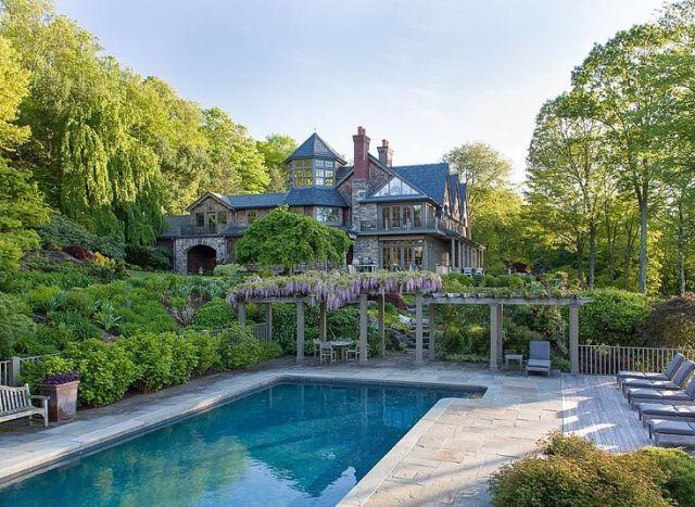 bruce_williss_new_luxury_mansion_640_02 (1)