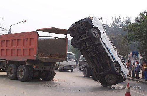 car-accidents-bumper-edge