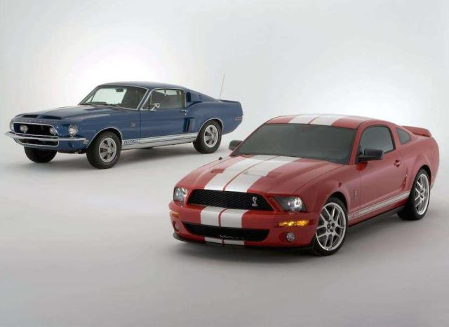 classic_cars_vs_their_modernday_versions_640_06