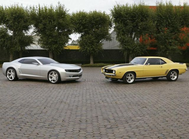 classic_cars_vs_their_modernday_versions_640_07