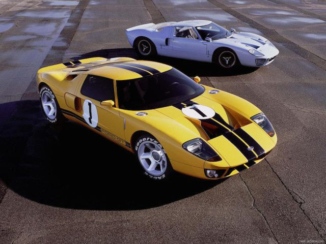 classic_cars_vs_their_modernday_versions_640_10