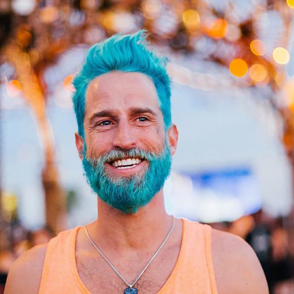 moda-hombres-tinte-pelo-barba-sirenos-5