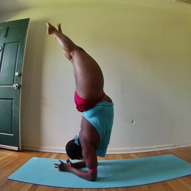 plus-sized-yoga-jessamyn-stanley-9