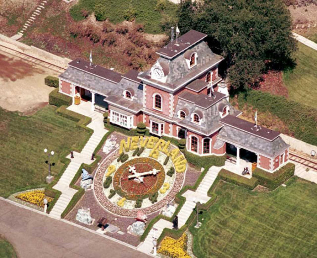 would_you_pay_100_million_to_live_in_neverland_640_09