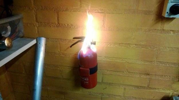 xit-s-lot-like-fire-extinguisher-143380049927670107.jpg.pagespeed.ic.l5MGOJh93F