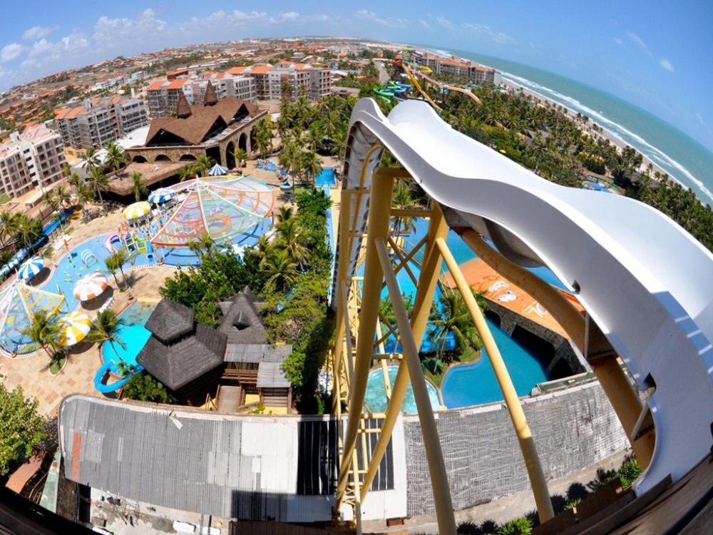 25555-R3L8T8D-1000-53da7a8adcd5888e145b6ae6_isnano-beach-park-fortaleza-brazil