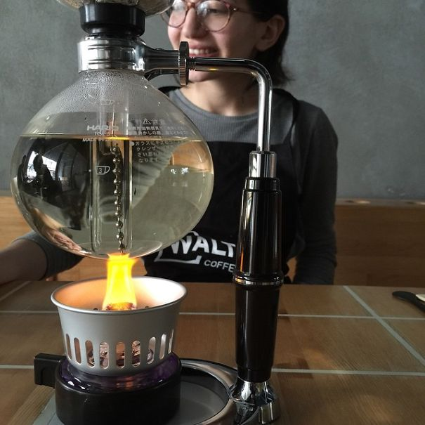 Breaking-Bad-themed-coffee-shop-in-Istanbul8__605