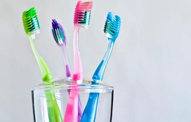 Conoce-las-curiosas-formas-en-las-que-se-inventaron-estos-5-productos-para-la-higiene-1