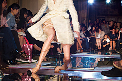 High-Heels-fails-fashion-disaster-15